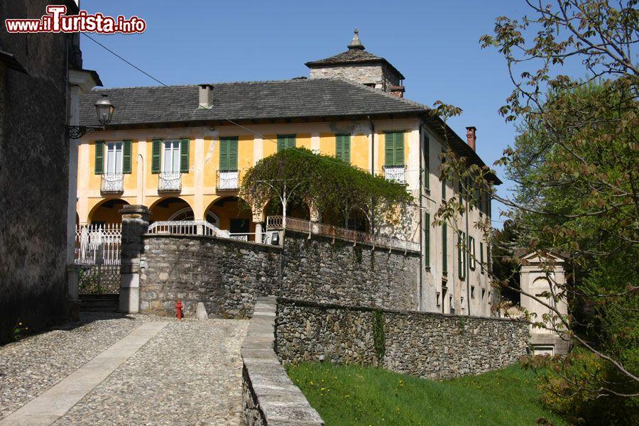 Lortallo piemonte la frazione di ameno sul lago d 39 orta for Lago villa del conte