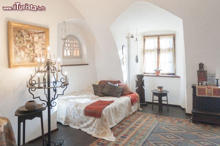 Letto A Castello Camera Da Letto.Una Delle Camere Da Letto Del Castello Di Dracula Foto Bran