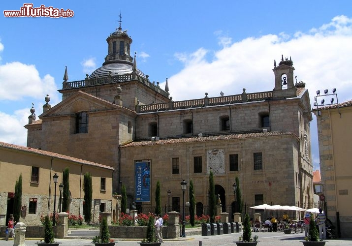 Ciudad rodrigo salamanca citt dalla storia millenaria for 3 case di storia in california