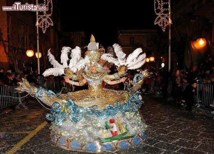 Carnevale di Misterbianco – I costumi più belli di Sicilia Misterbianco