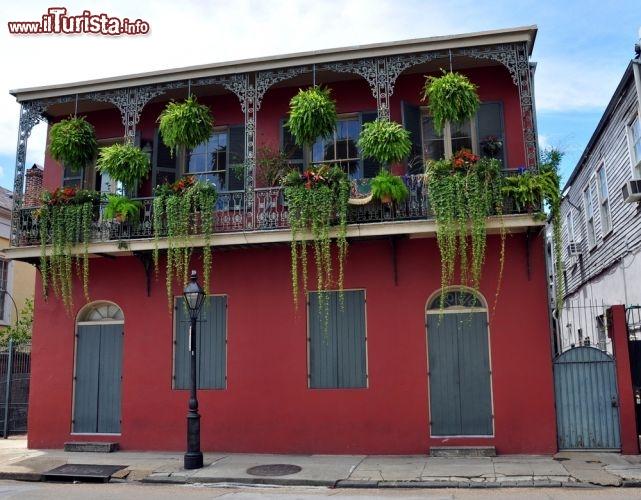 Casa nel french quarter di new orleans dal foto for Piani di casa di new orleans