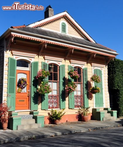 casa in stile francese new orleans mix di foto