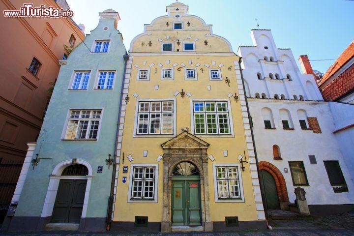 Case antiche nel centro di riga in lettonia foto riga for Foto di case antiche