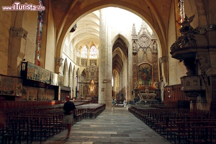 cattedrale di saint etienne tolosa foto tolosa. Black Bedroom Furniture Sets. Home Design Ideas