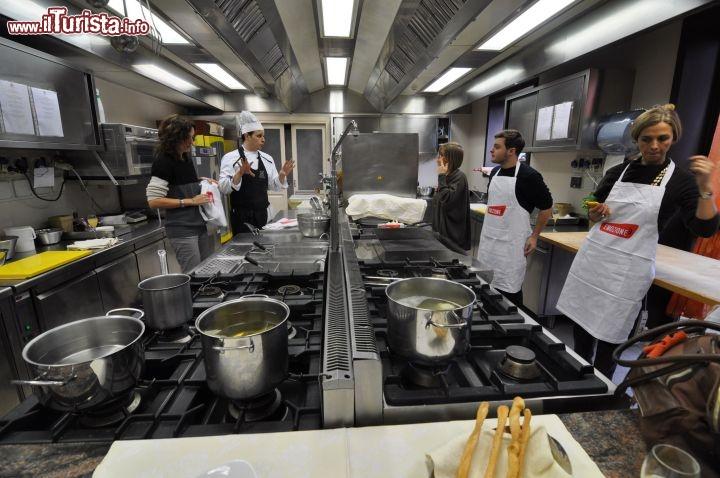 immagine corso di cucina al castello di bevilacqua verona