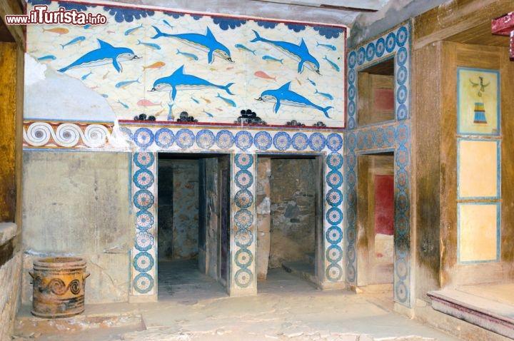 Dipinti Al Palazzo Di Cnosso A Heraklion Creta Foto