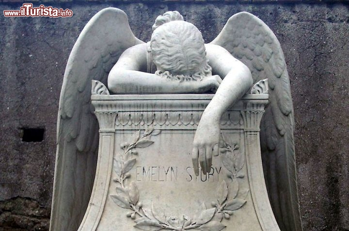 I luoghi e le opere d 39 arte ispirate dall 39 amore a roma e for D angelo arredi funebri