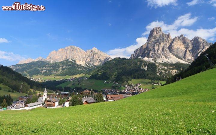 Estate a Corvara, Val Badia - Ai piedi del passo ...