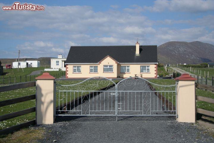 Fattoria irlandese a achill island irlanda trascorrere for Planimetrie tradizionali della fattoria