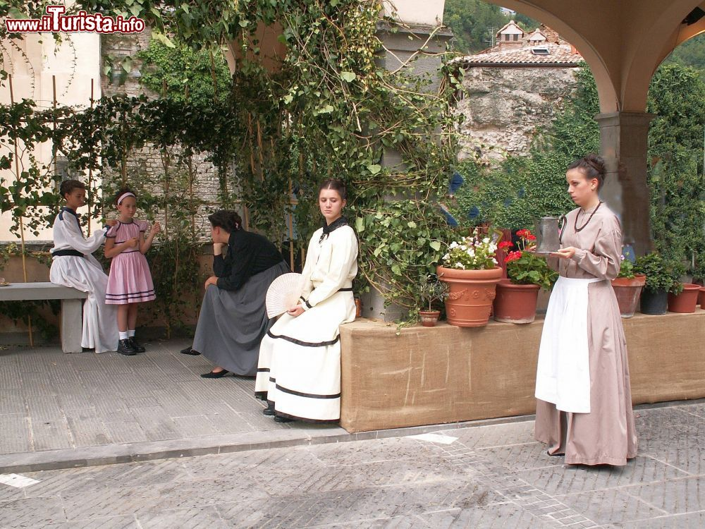 Feste dell�0 - tableaux vivants Modigliana