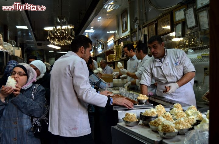Immagine Gelateria all'interno del Suq di Hamidiah a Damasco, Siria 2014 - Foto di Monia Savioli