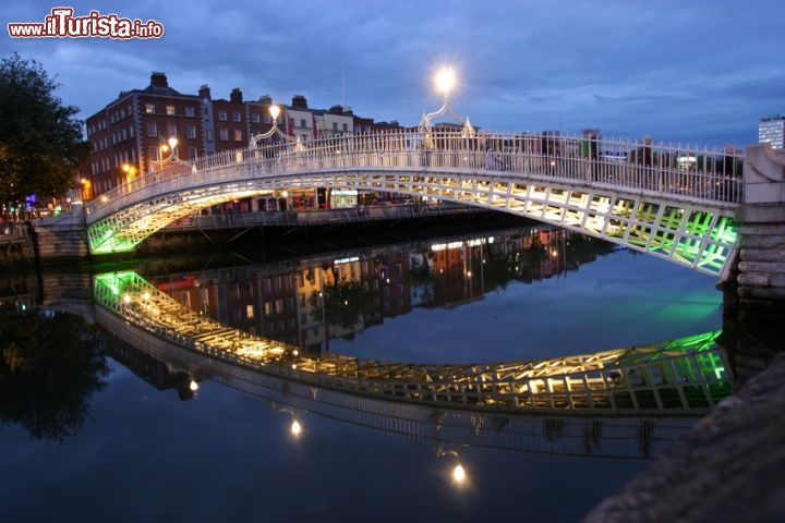 Immagine Ha'penny Bridge, Dublino