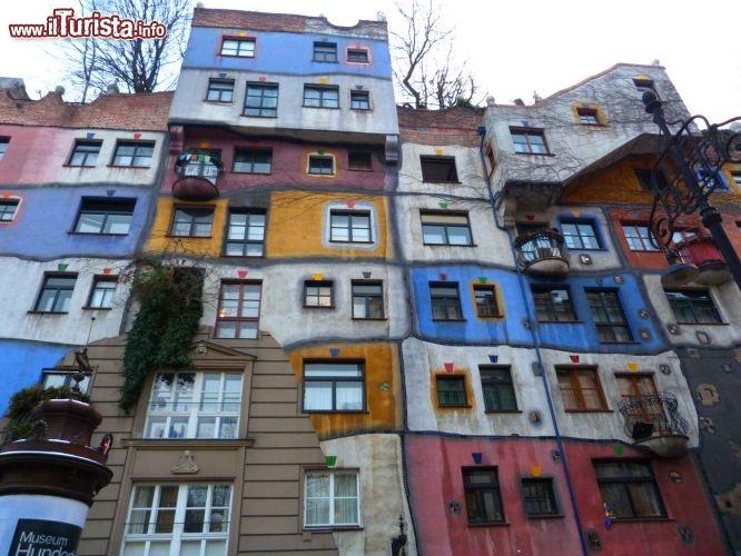Vienna insolita tour tra attrazioni poco conosciute ed for Case stravaganti