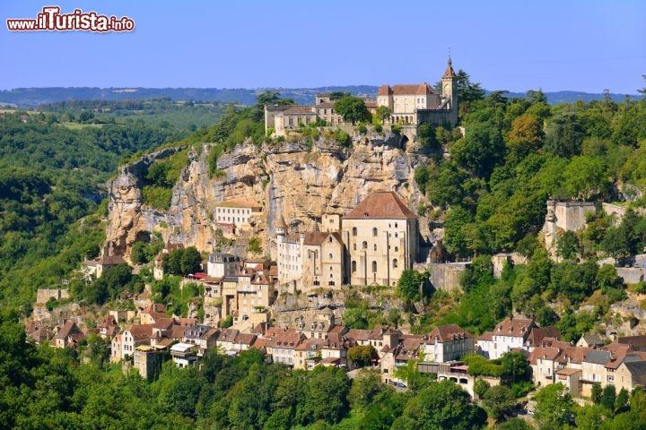 Il borgo di rocamadour uno dei villaggi piu belli for Villaggi vacanze barcellona