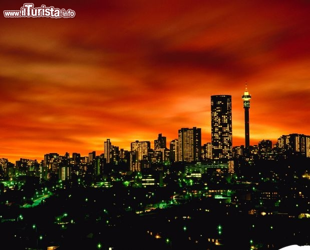 Immagine Johannesburg Skyline Sudafrica - Fonte South African Tourism