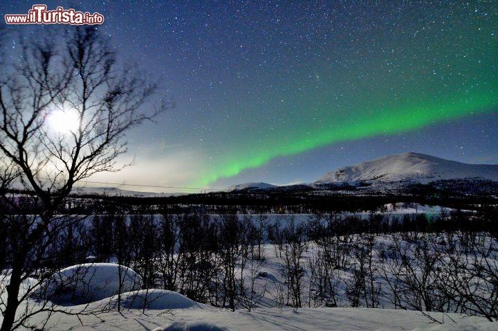 Aurora Boreale low cost: come vederla spendendo meno di 600 euro