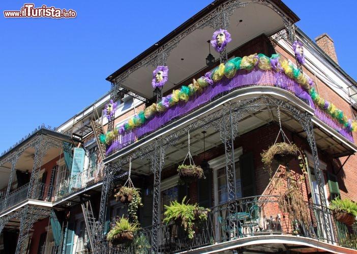 Carnevale nel quartiere francese new orleans foto for Casa in stile new orleans