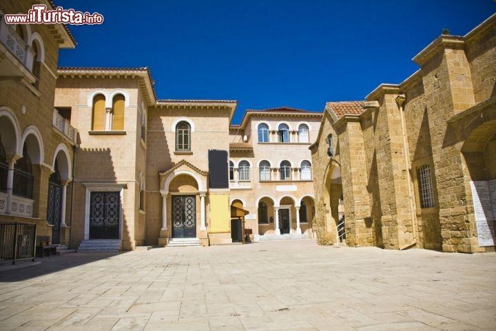 Palazzo del vescovo a nicosia ci troviamo nella for Planimetrie del palazzo mediterraneo