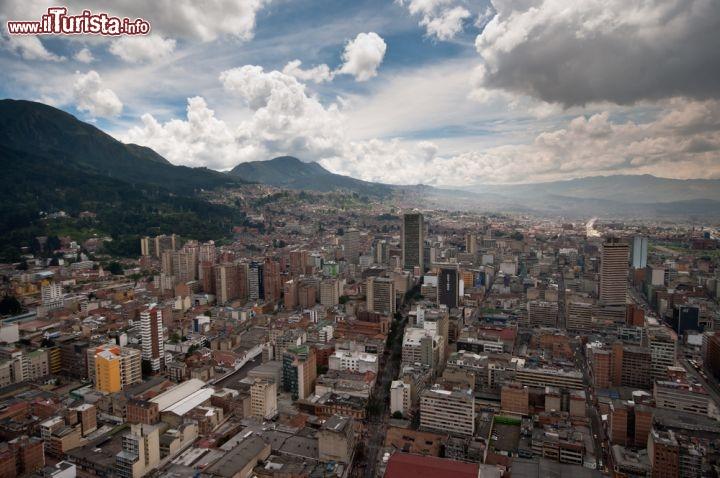 Bogota Colombia  city photos : Panorama centro di Bogota Colombia 70183213
