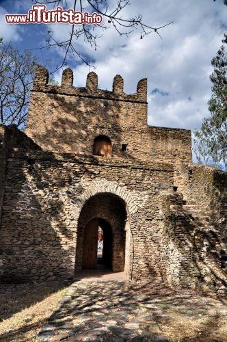 Porta di ingresso gondar fasil ghebbi foto gondar - Ugc porta di roma programmazione ...