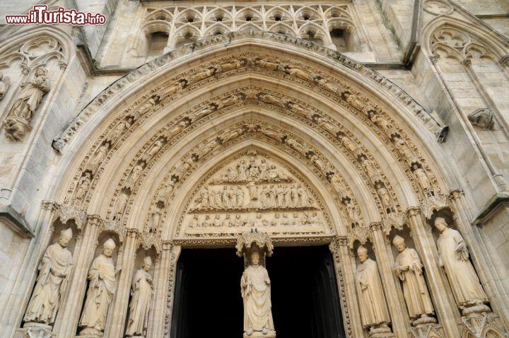 Portale gotico della cattedrale di bordeaux in foto - Simboli di immagini della francia ...