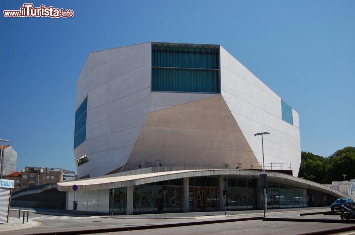 La casa da m sica di oporto la foto oporto - Casa de la musica oporto ...