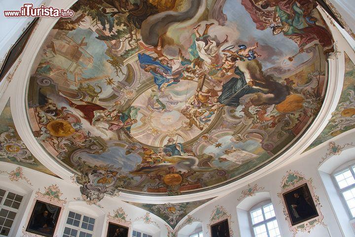 Soffitto A Volta Affrescato : Soffitto affrescato nella basilica di weingarten foto weingarten