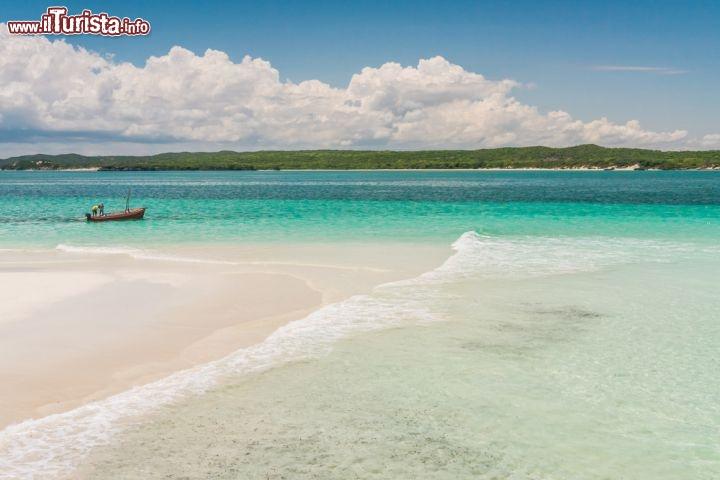 le spiagge tipiche del nord madagascar lungo foto