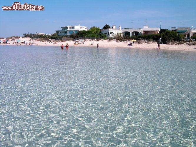 Matrimonio Spiaggia Porto Cesareo : Spiaggia delle dune a porto cesareo il bianco foto