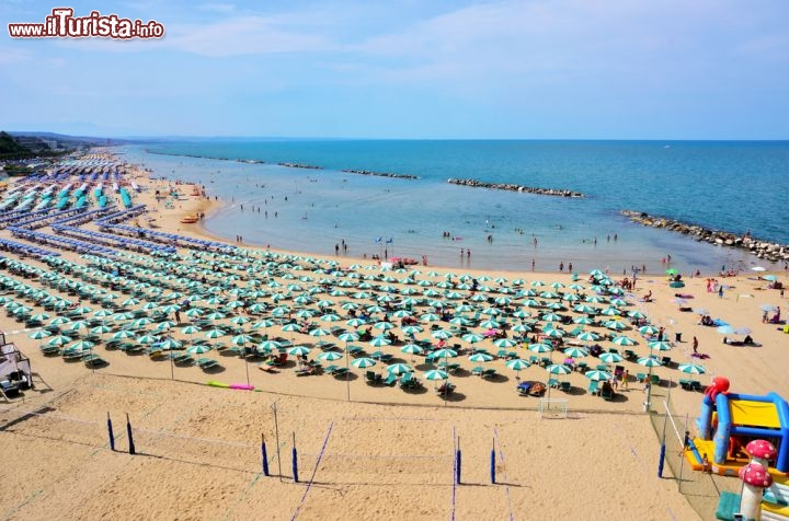 Matrimonio Spiaggia Termoli : Le spiagge pi belle del molise lungo la costa verde