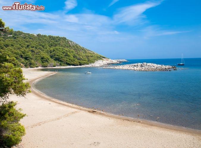 Le migliori spiagge sabbiose della croazia for Cabine dell isola di buggs