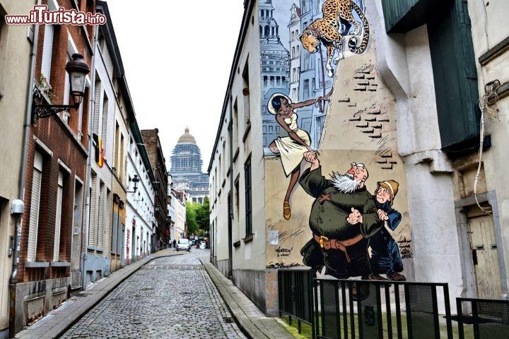 Bruxelles e il percorso dei fumetti. Tour lungo il Comic Strip Walk