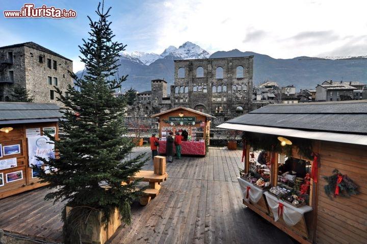 Mercatini Di Natale Aosta.Marche Vert Noel Visitare Il Mercatino Di Natale Di