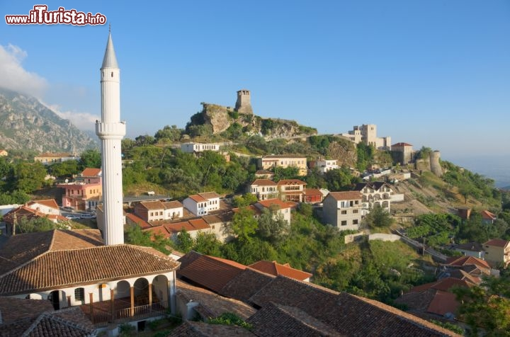 Le foto di cosa vedere e visitare a Tirana