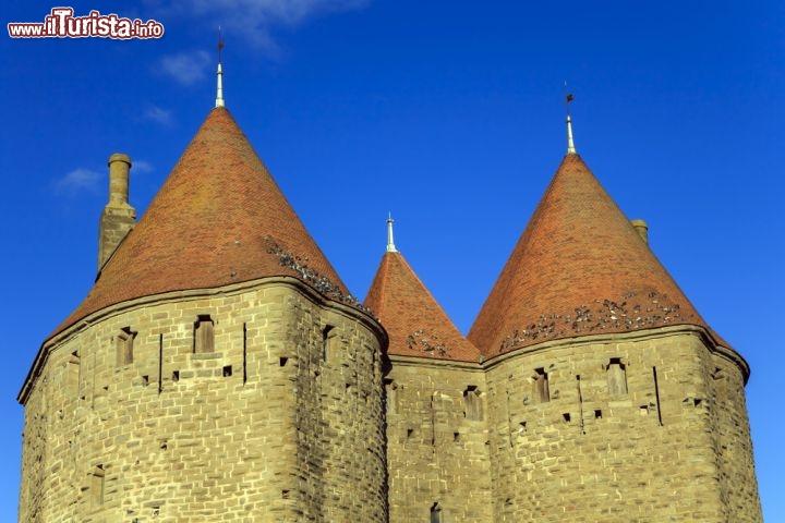 Le torri del castello di carcassonne nel sud foto for Cabine romantiche nel sud della california