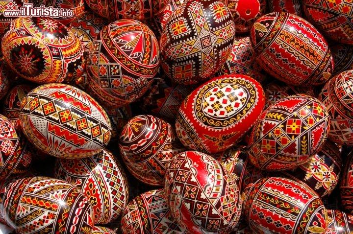 Uova Di Ceramica Dipinte A Mano.I Mercatini Di Pasqua Piu Famosi D Europa Dove E Quando