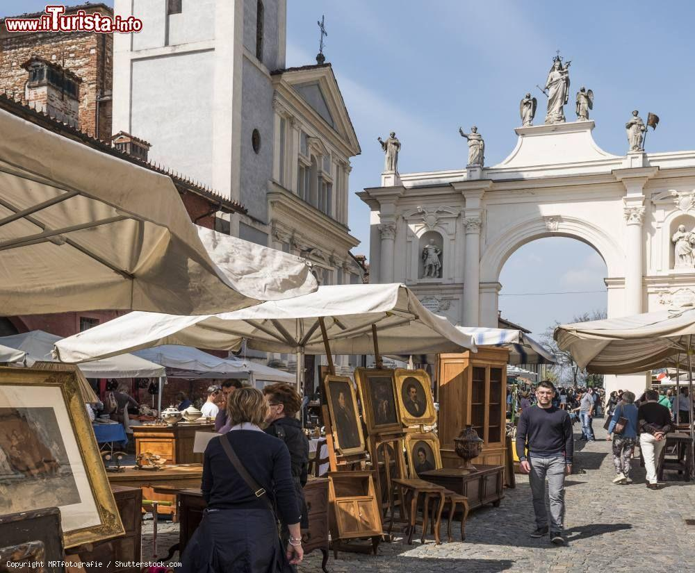 Calendario Mercatini Antiquariato Puglia.Mercatini Dell Antiquariato In Piemonte I Maggiori In