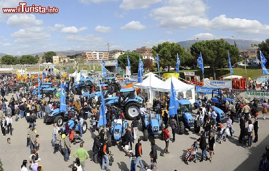 Calendario Fiere Agricole 2020.La Fiera Di Agriumbria A Bastia Umbra Perugia Date 2019