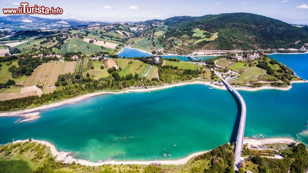 I laghi balneabili delle Marche e i più belli da visitare