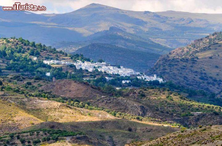 La Credenza In Spagnolo : Berchules andalusia visita al borgo spagnolo: cosa vedere e sapere