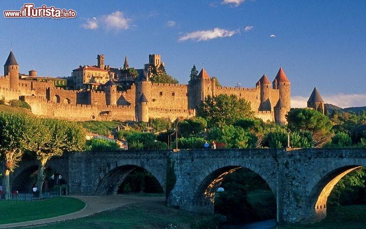 Carcassonne il borgo medievale della francia foto - Simboli di immagini della francia ...