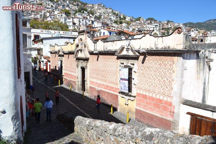 Casa humboldt all 39 interno di quest 39 antica foto taxco for Interno casa antica