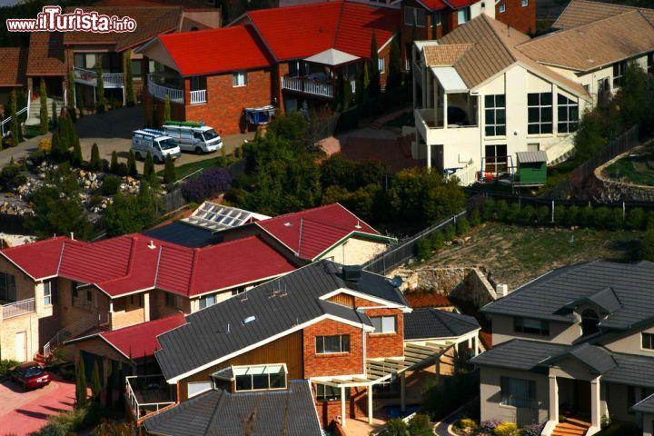 Case Australiane Prezzi : Le case della periferia di canberra australia foto canberra