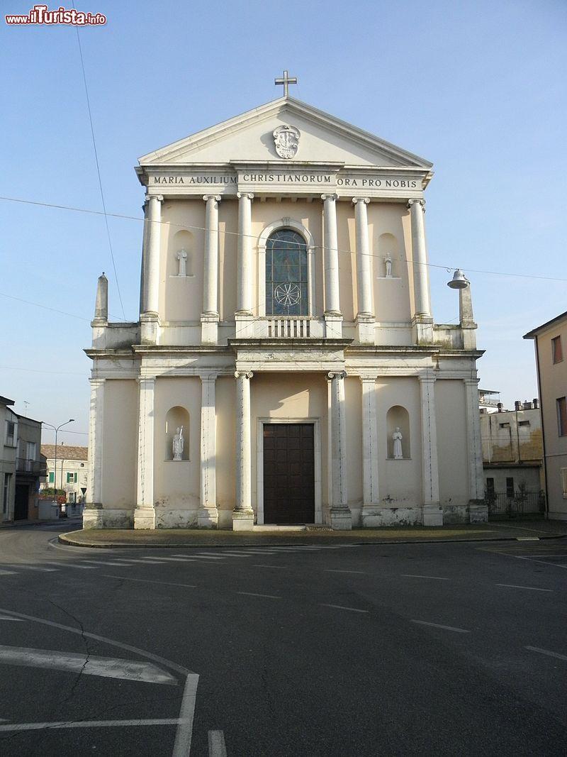 Chiesa Di San Martino Vescovo A Codigoro Emilia Romagna Foto Codigoro