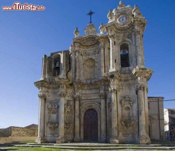 La Chiesa Di Sant'Antonio A Ferla - © ...