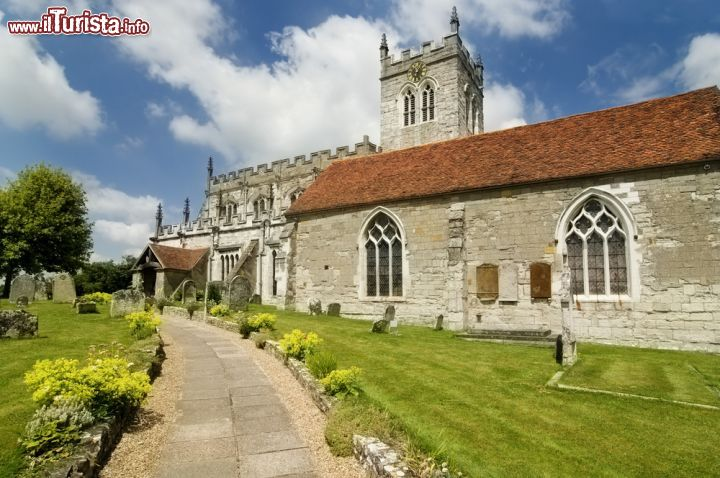 Immagine Chiesa St.Peter's a Stratford-upon-Avon, Inghilterra - © Paul Matthew Photography / Shutterstock.com