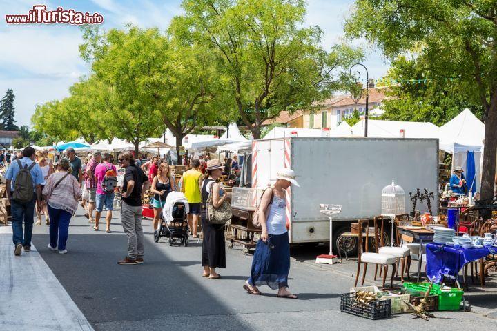 Foire Internationale Art & Antiquités L\'Isle-sur-la-Sorgue
