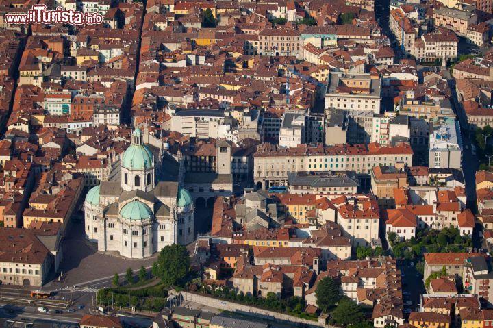 Como, cosa vedere tra la città, le ville storiche e il lago | Guida e foto