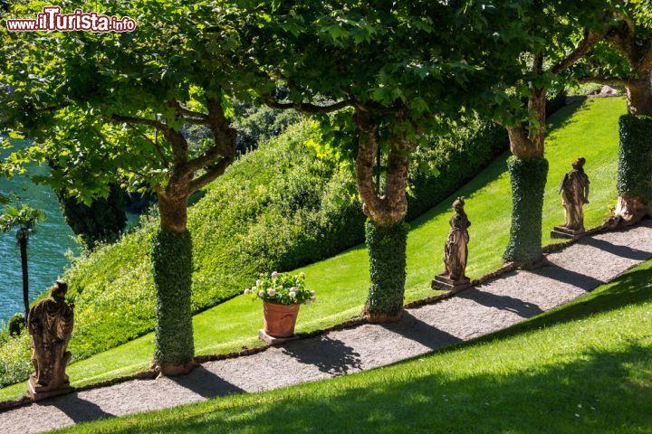 Un elegante giardino a bellagio sul lago di foto for Casetta sul lago catskills ny