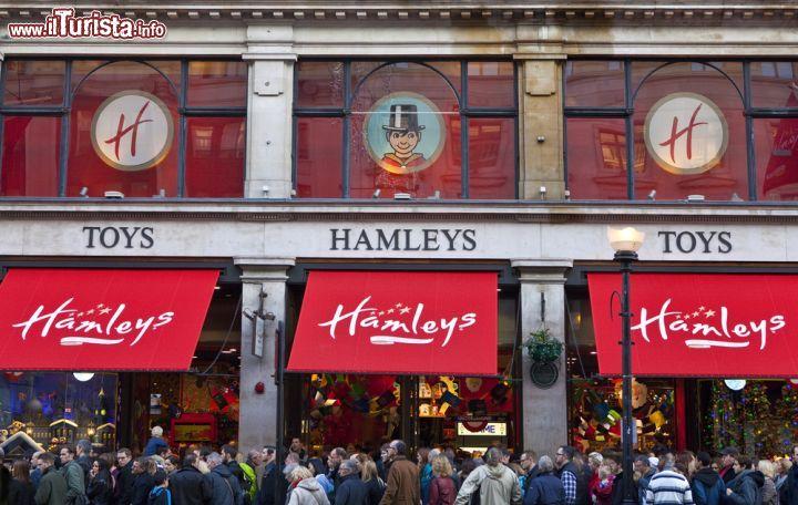 Hamleys toys a londra inghilterra e 39 il foto londra for Piani classici per la nuova inghilterra